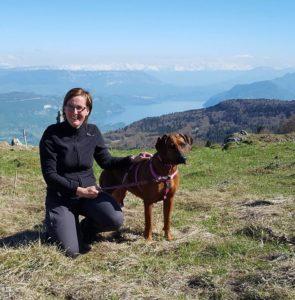Natascha van der Heijden met hond